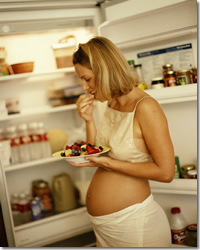 pregnant woman, eating healthy
