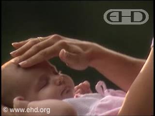Reproducir película - De la fecundación al nacimiento y los años siguientes